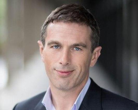 Gavin Jennings