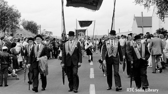 Orange Order parade in Kesh, County Fermanagh (1988) © RTÉ Archives 2214/098