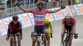 Matthews maintains Giro lead after stage win