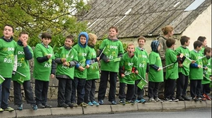 Stage 2: Young spectators await the arrival of the peloton