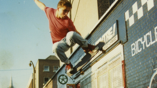 Daring feats in Hill Street