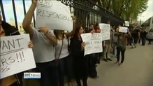 Language students hold demonstrations in Dublin