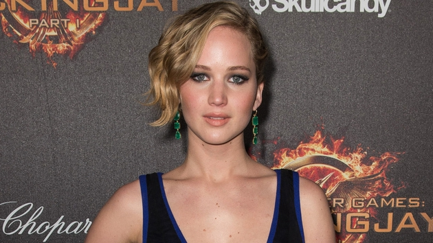 Jennifer Lawrence will play Miracle Mop inventor Joy Mangano