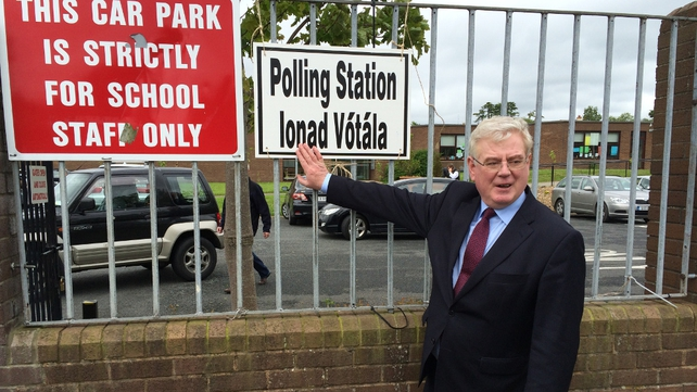 Tánaiste Eamon Gilmore cast his vote in Shankill this morning