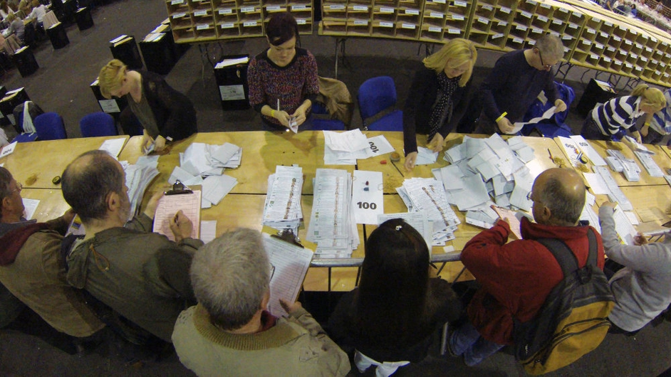Counting gets under way in Dublin's RDS