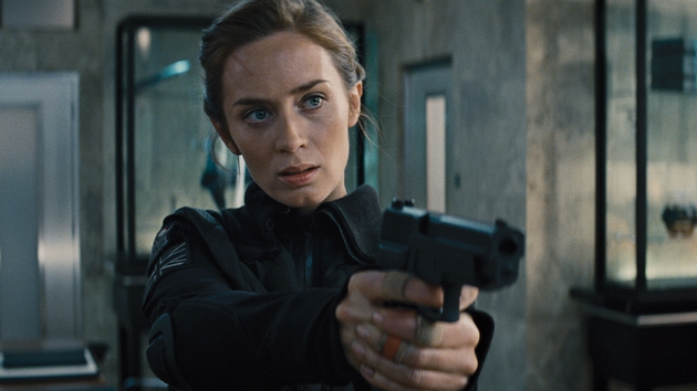 We see a whole other side to Emily Blunt in this movie