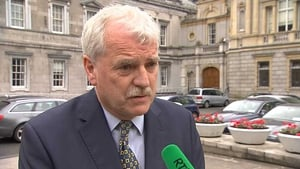 Major political parties have an attitude problem when it comes to Independents, Finian McGrath says