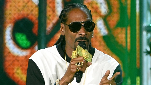 Snoop Dogg will feature on Psy's new song, with the music video coming out on Sunday.