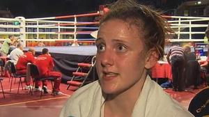 Michaela Walsh beat Ivanna Krupenia of Ukraine to advance to the quarter-finals