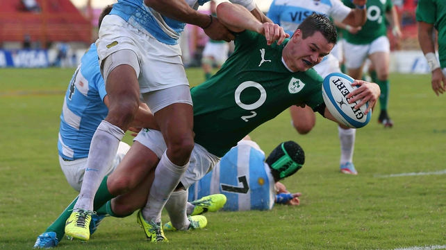 Johnny Sexton dives in for Ireland's second try