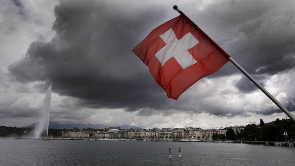 Switzerland cuts growth forecast for this year from 2% to 1.8%