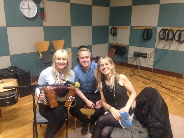 Miriam, Derek Ryan and Sharon Shannon