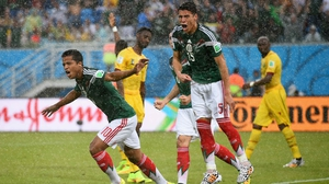 Dos Santos and defender Hector Moreno, furious that the score still stands at 0-0