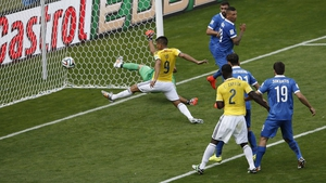 Teofilo Gutierrez scores Colombia's second
