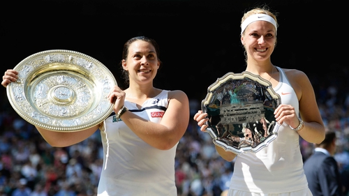 Last year's winner, Marion Bartoli (l), went on to retire just 40 days after beating Sabine Lisicki