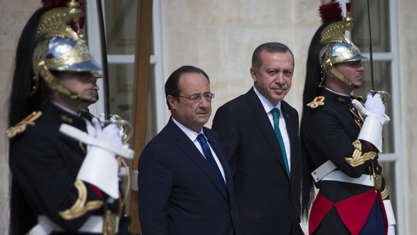 French President Francois Hollande and Turkish Prime Minister Recep Tayyip Erdogan