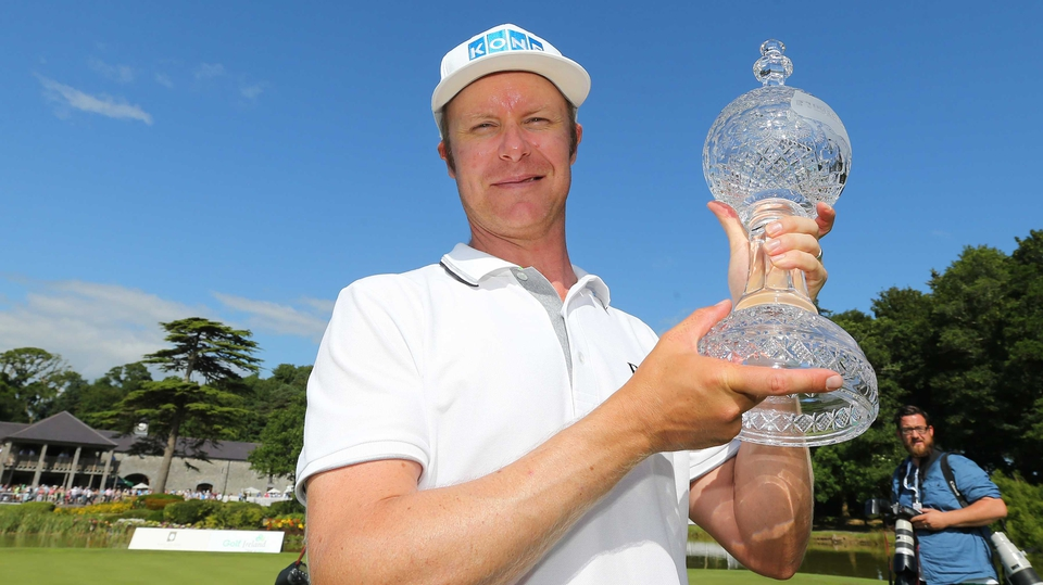Mikko Ilonen with the Irish Open trophy