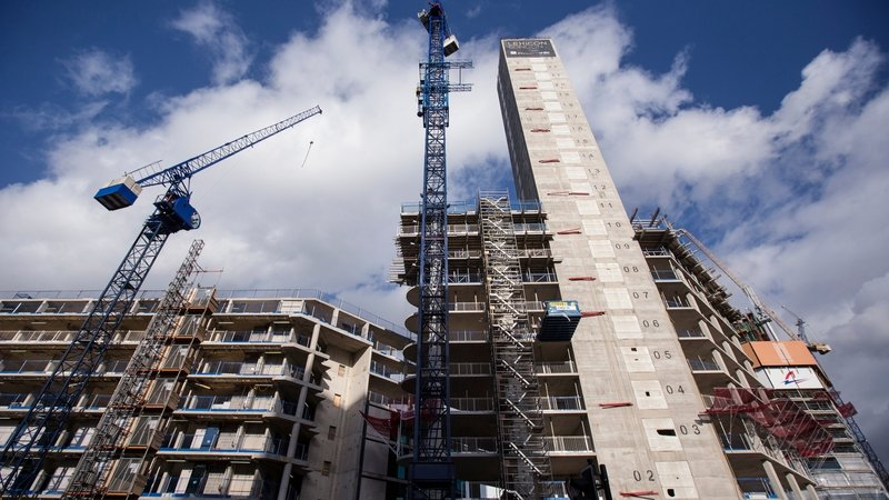 Construction PMI sees first rise in four months