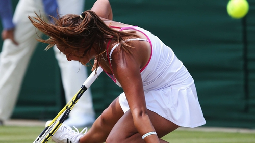 Moore relinquished her winning position to slip out 6-4 6-7 (7/3) 9-7