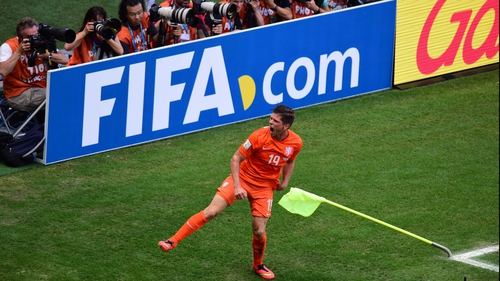 The first match of Day 18 saw the Netherlands take on Mexico in steamy Fortaleza