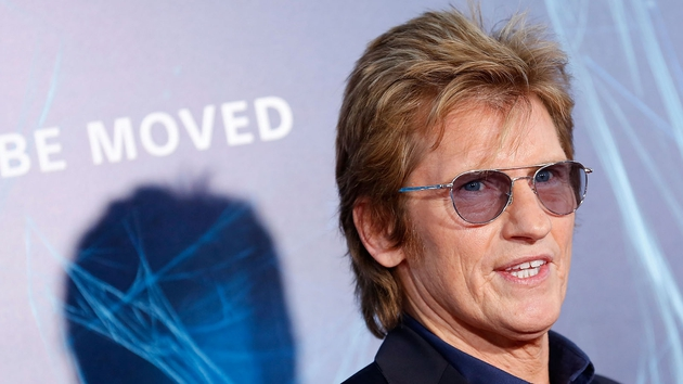 Denis Leary is a failed rock star in a successful pilot