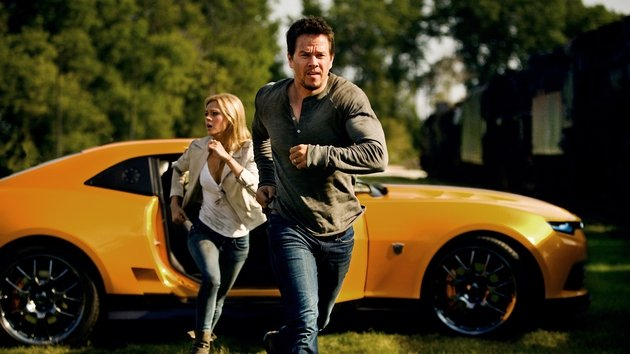 Mark Wahlberg and Nicola Peltz play father and daughter Cade and Tessa Yeager