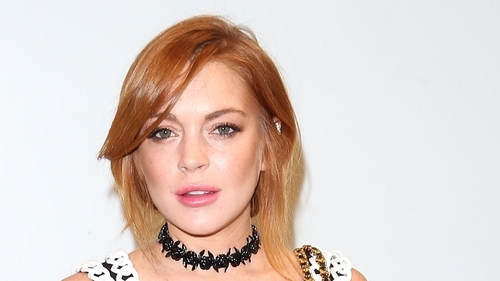 lindsay lohan wishes everyone happy new year