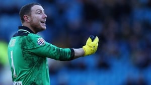 Paddy Kenny links up with Neil Warnock for a fourth time