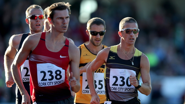 Rob Heffernan (right) came home fourth in the Cork City Sports, which was won by Dane Bird-Smith (left)