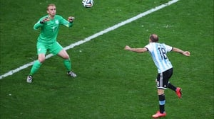 And by the end of that extra 30' neither side could make anything happen, even when Argentina forward Rodrigo Palacio had a ball fall right into his lap. Onto the second successive penalty shootout for the Netherlands...