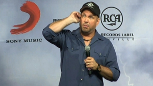 Garth Brooks said he would be happy to meet with Taoiseach Enda Kenny about cancelled concerts