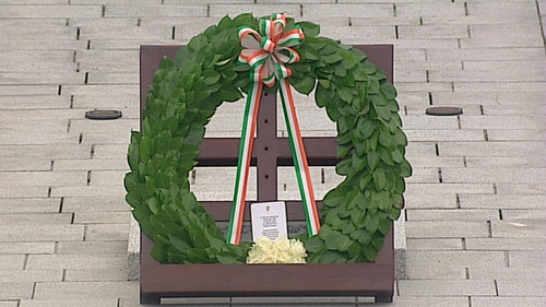 A wreath to commemorate Irish men and women who have died in wars