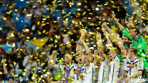 Germany celebrate after defeating Argentina 1-0 in extra time during the World Cup Brazil Final