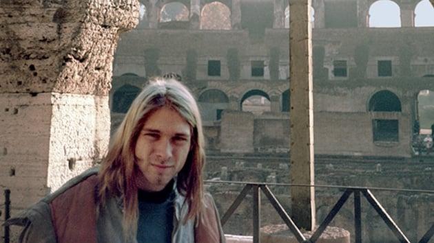 Kurt Cobain in Rome, November 1989 (photo copyright: Bruce Pavitt)