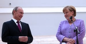 Angela Merkel called on Russia to work towards a political solution