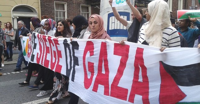 Thousands of protesters gathered in Dublin today to call for an end to Israeli military action in Gaza