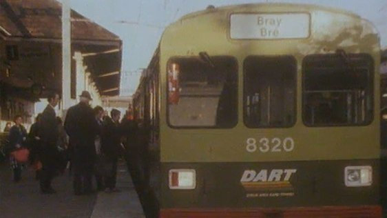Travel by DART from Bray to Howth