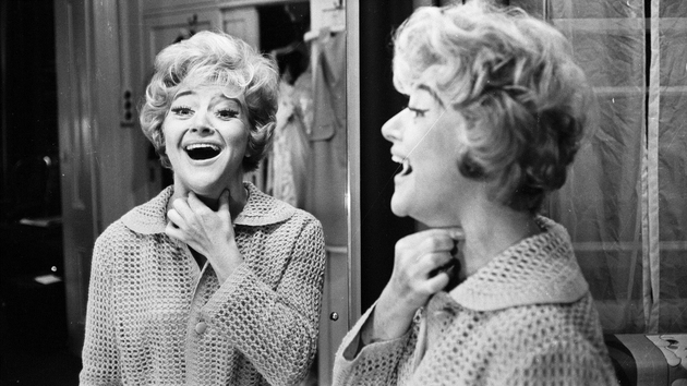 Dora Bryan starred in TV shows such as Last of the Summer Wine and Absolutely Fabulous