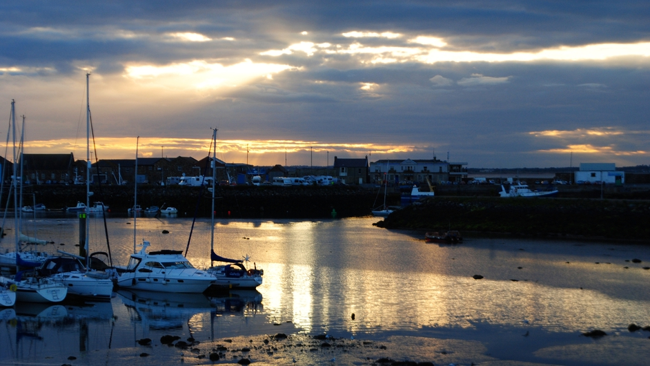 A summer sunset at Howth harbour (Pic: Arthur Russell)