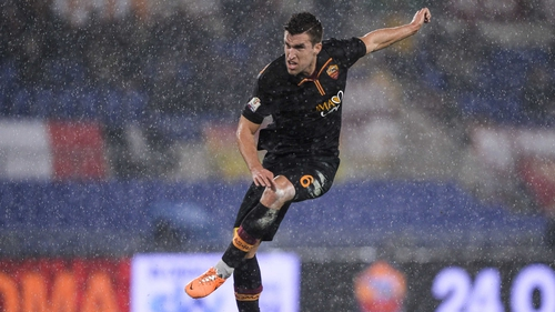 Kevin Strootman is currently recovering from a serious knee injury