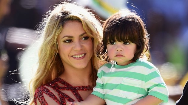 Shakira and son Milan Piqué