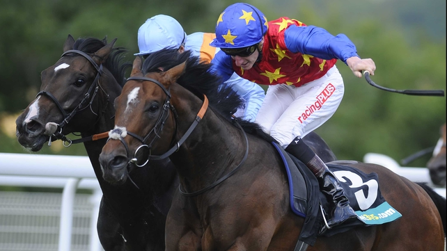 Es Que Love recorded a first Group win in his 47th career start in the Lennox Stakes
