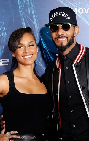 Alicia Keys has announced that she's expecting her second child with Swizz Beatz.