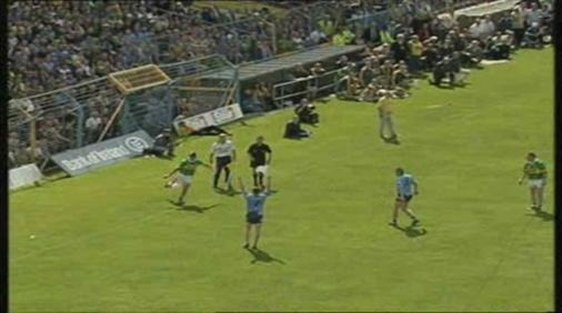 Maurice Fitzgerald sideline kick V Dublin at Semple Stadium Thurles 2001