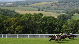 Jim Crowley and Missunited kept the challengers at bay at Goodwood