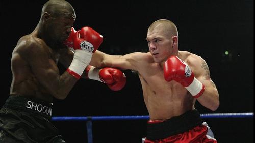 Jamie Moore's (r) in action against Gary Logan in 2003