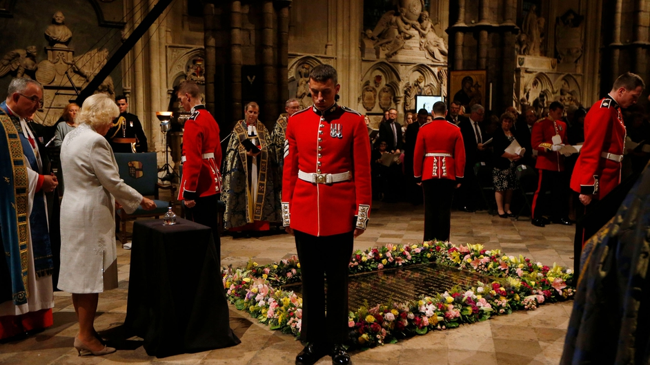The last remaining light was extinguished at the Grave of the Unknown Warrior at 11pm, marking the exact time the British Empire joined the war