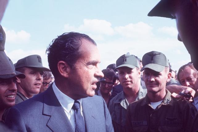 Nixon visits troops in Vietnam on 1 March 1970