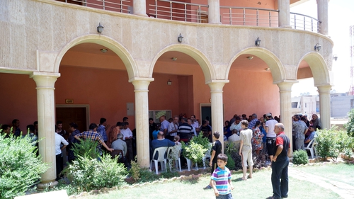 Hundreds of people had fled to Qaraqosh from other regions