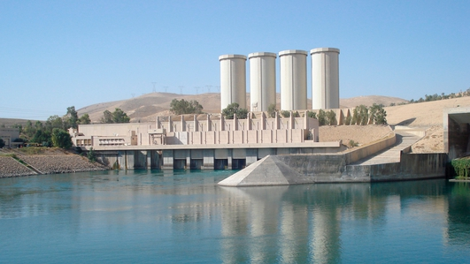 Iraqi and Kurdish forces recapture Iraq's biggest dam
